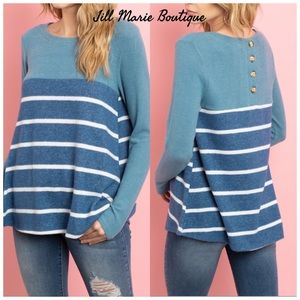 Long sleeve top NWT striped contrast blue & white